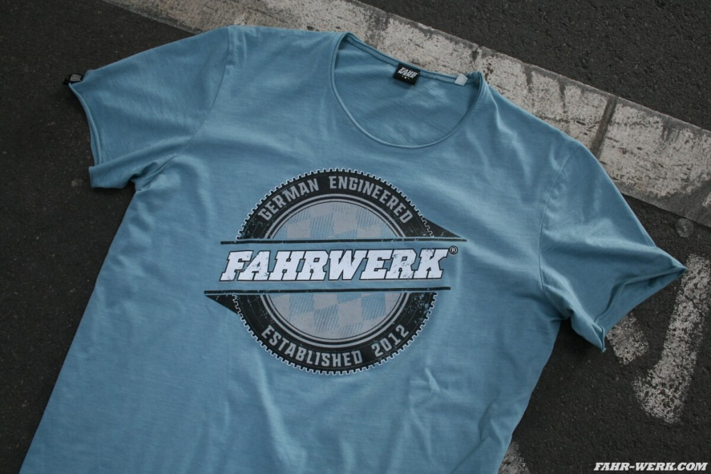 FAHRWERK_T-Shirt_LIO_german engineered_blau_3